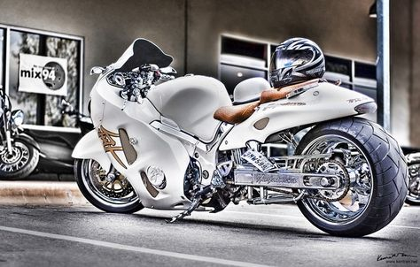 Sweet!  #motorcycle #hayabusa #suzuki