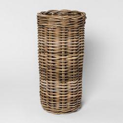 10 Easy Pieces Umbrella Stands Gardenista Wicker Baskets Umbrella Stand Wicker