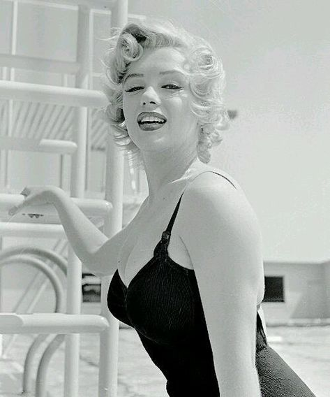 princess Perfect!! Marilyn photographed...