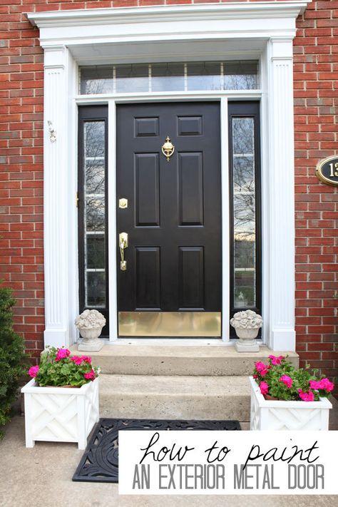 @Diane Henkler {InMyOwnStyle.com} restored her beat-up metal front door with a few coats of primer exterior paint. Via MyColortopia.com