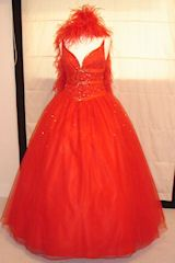 #Transvestites ball gown hire
