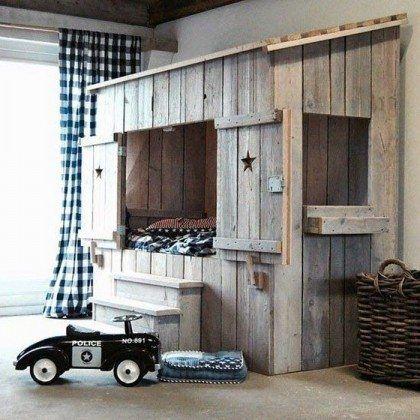 Diy Kids Cabin Bed Mommo Design Kids Room Kid Beds
