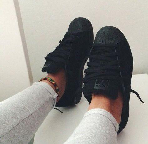 Os mais lindos tênis #adidas #nike #newbalance #vans #keds #allstar minha lista de desejo #thaisnathios #digitalinfluencer #bahia