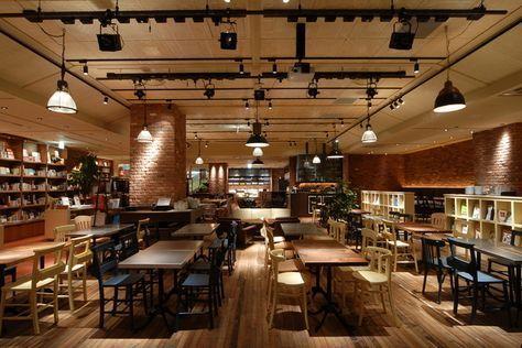 新宿の喫茶店 カフェ24選 レトロな老舗やおしゃれな席で素敵なひと時を キナリノ Wifi カフェ ブルックリンカフェ レストランのインテリアデザイン