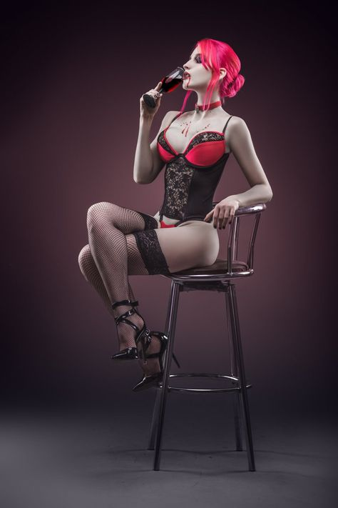 Vampire: The Masquerade – Bloodlines | Velvet Velour | Alienware Arena