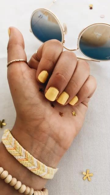 Vsco Yasminemech Yellow Nails Hair And Nails Manicure