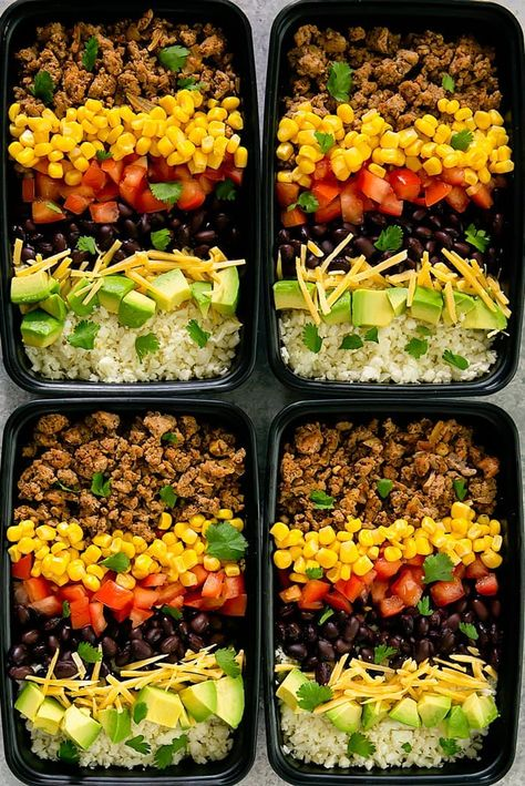 Taco Turkey Bowls with Cauliflower Rice | If you're looking to cut back on carbs, that daily sandwich at lunch is not going to fly. Try these low carb lunches that will actually fill you up and keep you slim. These low carb lunch recipes are perfect to bring to work. Here are must try easy lunch recipes. Pinning for later! #xokatierosario #lowcarb #lowcarblunch #easylunches