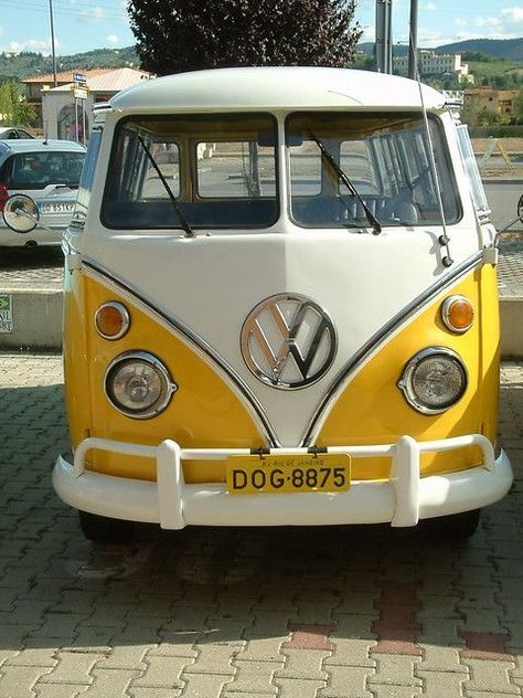 All the inspo for our 1970 VW bus reno! Lola is in the works and we can't wait to have her up and Volkswagen Transporter, Vw T1 Camper, Vw Kombi Van, Volkswagen Golf, Volkswagen Beetles, Vintage Volkswagen Bus, Vespa, My Dream Car, Dream Cars