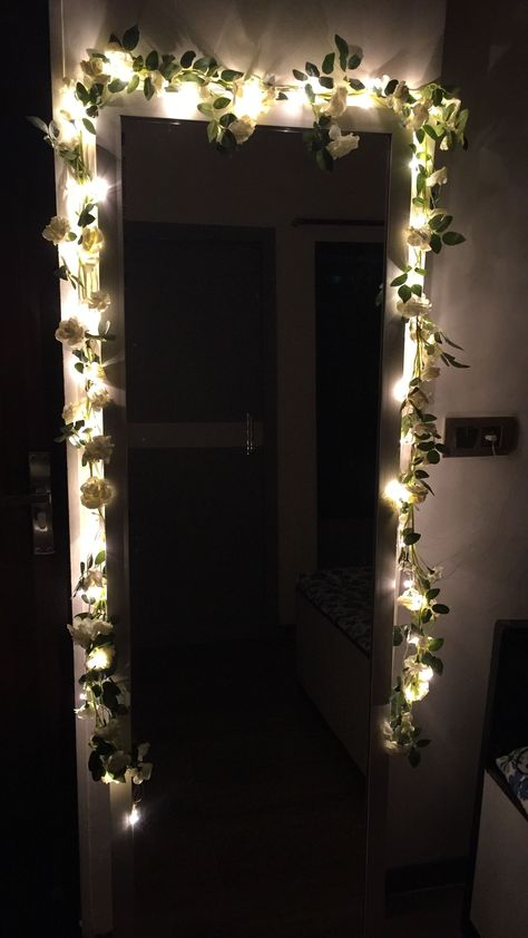room diy mirror Interior Design Tips Perfect For Any Home College Dorm Decorations Design DIY Fairylights Home Interior Mirror perfect tallmirror Tips Room Ideas Bedroom, Bedroom Decor, Mirror For Bedroom, Dorm Mirror, Mirror Room, Girls Mirror, Cute Room Decor, Inexpensive Home Decor, Aesthetic Room Decor