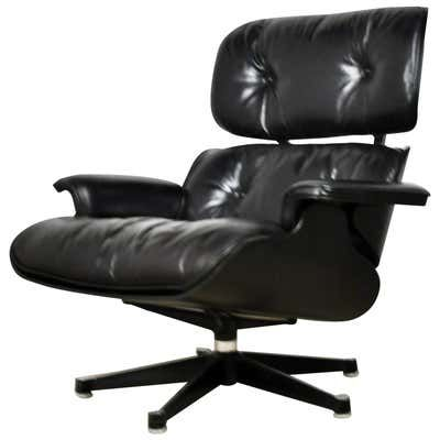 Vitra La Chaise Chair By Charles And Ray Eames In 2020 Charles Eames Lounge Chair Lounge Chair Eames Lounge Chair