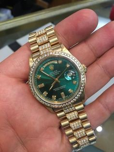 Sapphire for Mens Rolex Mens President Yellow Gold Green Diamond Dial & Bezel