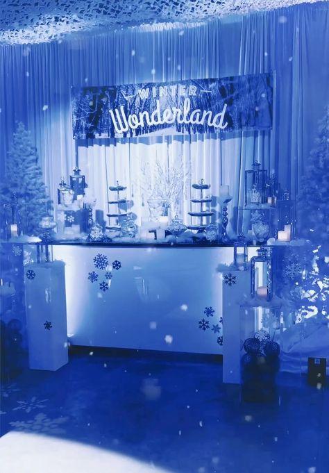 Winter Wonderland Wedding Theme, Winter Wonderland Christmas Party, Winter Wonderland Decorations, Sweet 16 Party Themes, Sweet 16 Party Decorations, Birthday Decorations, Winter Birthday, 16th Birthday, Birthday Celebration