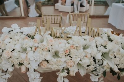 Destination wedding Attire #blushandgraywedding #Cancun #RivieraMaya #DestinationweddingsMexico #MEXpert #centerpieces