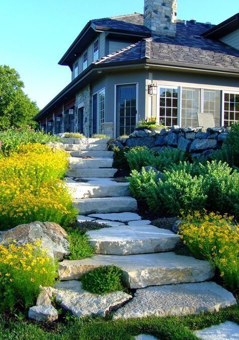20 Brilliant Driveway Garden Landscaping Design Ideas You Need To Try In 2020 Traditional Landscape Driveway Landscaping Garden Landscape Design