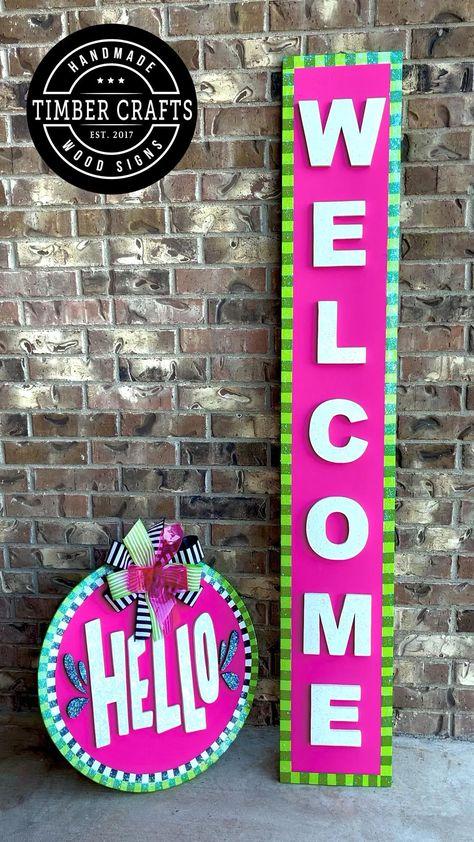 Wreath Crafts, Diy Wreath, Wreath Ideas, Crafts To Sell, Fun Crafts, Arts And Crafts, Front Door Signs, Wooden Door Hangers, Cup Design