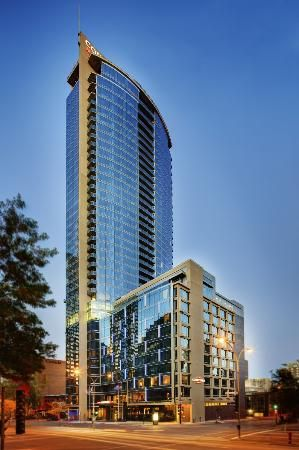 Marriott Montreal Downtown Avec Images Architecture Montreal Canada Montreal