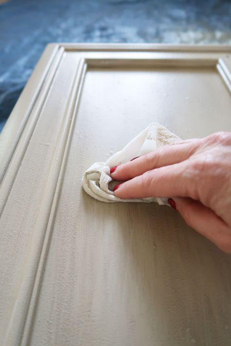 Whitewash Furniture, Stripping Furniture, Pottery Barn Furniture, Repainting Furniture, Paint Furniture, Repurposed Furniture, Pottery Barn Paint Colors, Pottery Painting, Diy Painting