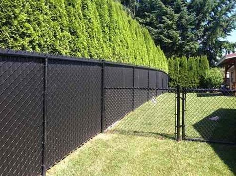 How To Install Temporary Chain Link Fence With Easy Steps Black