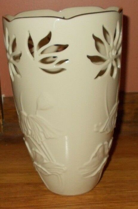Lenox Westbury Collection Large Vase With Pierced Top Floral Gold Trim Lenox Antique Vase Large Vase Wooden Vases Wedding