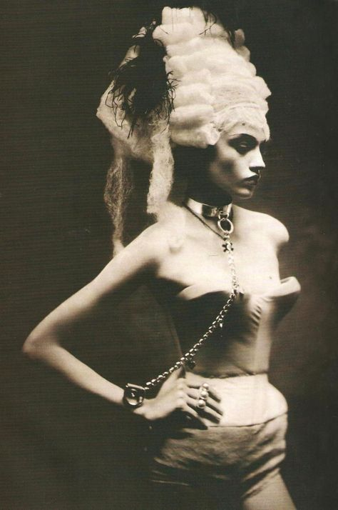 Sasha Pivovarovaphotographed by Paolo Roversi - Vogue Italia Supplement: March 2005  (via:swanqueen)