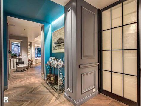 Ingresso e corridoio stile italiano pubblicato da mob architects