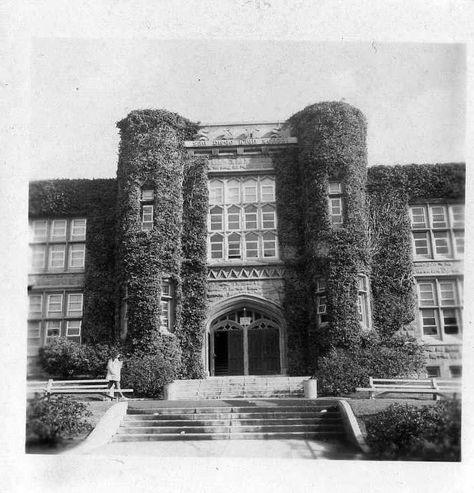 San Diego High School The Gray Castle 1973 San Diego Area San Diego High School San Diego