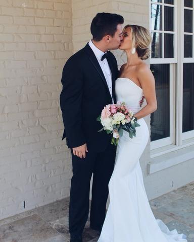 Stunning Chiffon Spaghetti Straps Neckline A Line Wedding Dresses
