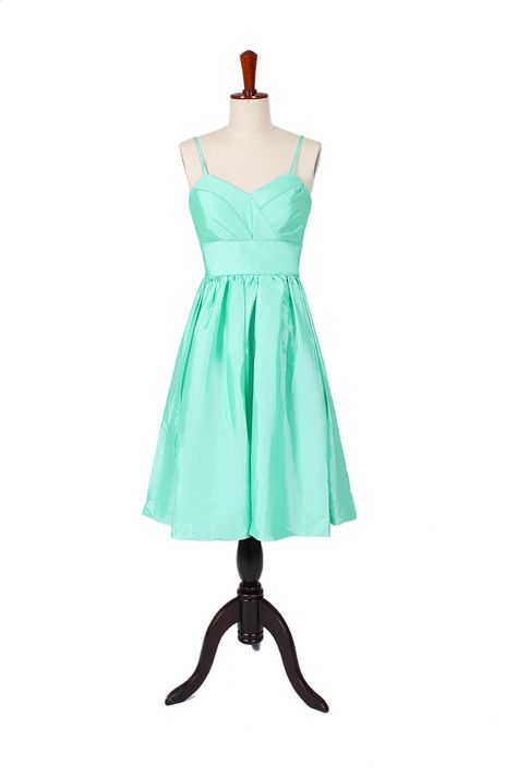 i really like this dress:)