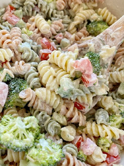 Ranch Pasta Salad is the best pasta salad side dish! Rotini noodles, cucumber, tomato, broccoli, parmesan cheese with an easy dressing of ranch. Everyone will love this pasta salad!