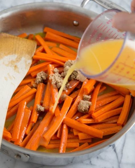 Whether you save this side dish for Thanksgiving or eat it all year long, glazed carrots are a classic side dish that never goes out of style. It's a simple, easy recipe that's sweet and savory. Here's how to make glazed carrots that will please everyone at the dinner table.