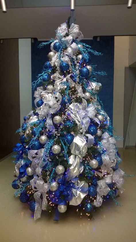 Super Christmas Tree Silver And Blue Decorating Ideas 62 Ideas Blue Christmas Tree Decorations Blue Christmas Tree Silver Christmas Tree