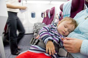 Flying with Babies | Stretcher.com - When price and safety concerns collide