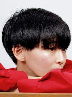 個性的な髪型 かっこいいツーブロックのベリーショート シンプルで