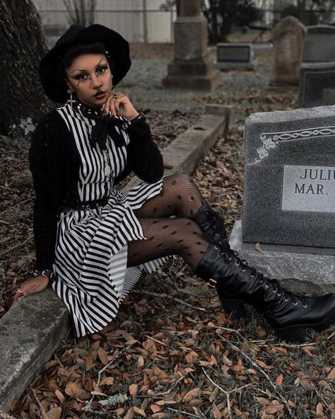 Dark Souls Pastel Goth Clothing Gothic Architecture Tee Cyberpunk Cyberpunk Clothing Creepy Cute Witch Clothing Futuristic Clothing