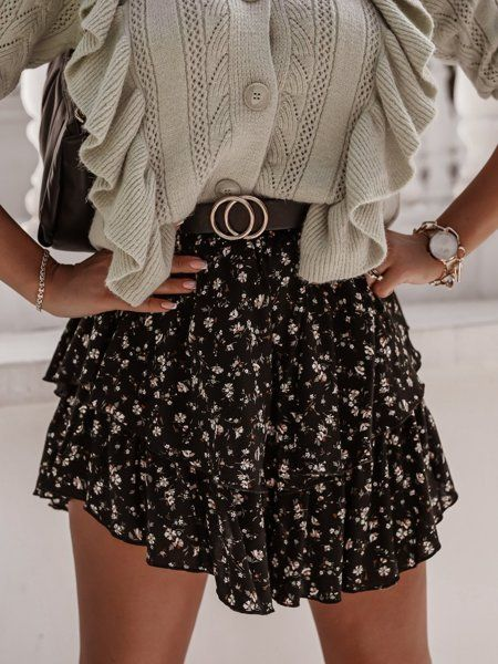 Czarna Spodniczka Mini W Kwiaty Skirts Fashion Mini Skirts