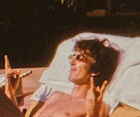 I'm Luzia, I love George Harrison a long time, and Beatles too. Beatles Love, Les Beatles, Beatles Photos, George Harrison, Liverpool, Janis Joplin, Ringo Starr, Paul Mccartney, John Lennon