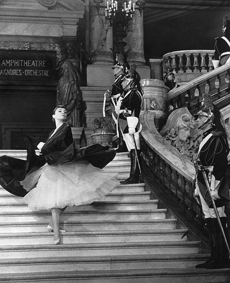 Audrey Hepburn in Roman Holiday, making a spectacular exit.