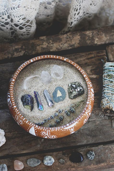 10 Ways To Use Healing Crystals   Free People Blog #freepeople