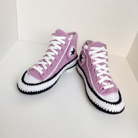 Knitted slippers women39 Crochet converse boots Knitted sneakers converse Athletic slipper Socks with sole Present for girlfriend Home shoe