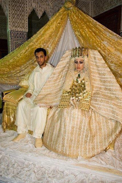 Worst wedding dress - Mariage traditionnel marocain Morrocan traditional wedding RencontreAfricaine com com com chocomeet
