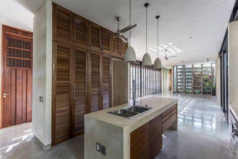 Busca imágenes de diseños de Cocinas estilo moderno}: Espacio Multifunción  (sala, comedor, cocina) . Encuentra las mejores fotos para inspirarte y y crear el hogar de tus sueños.