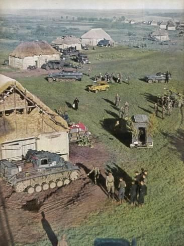 Photographic Print: Germans Prepare Attack Poster : 24x18in
