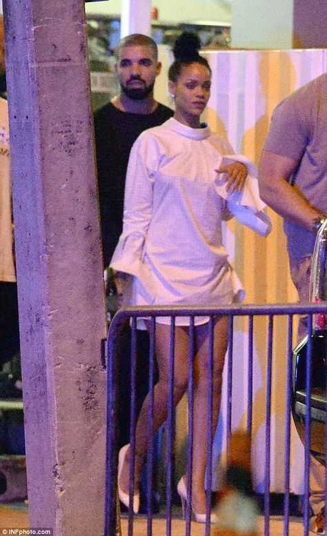 Drake And Rihanna Certainly Looked Very Much Like An Item As They Left The Rapper S Miami Concert After Party At E11eve Rihanna Drake Rihanna And Drake Rihanna
