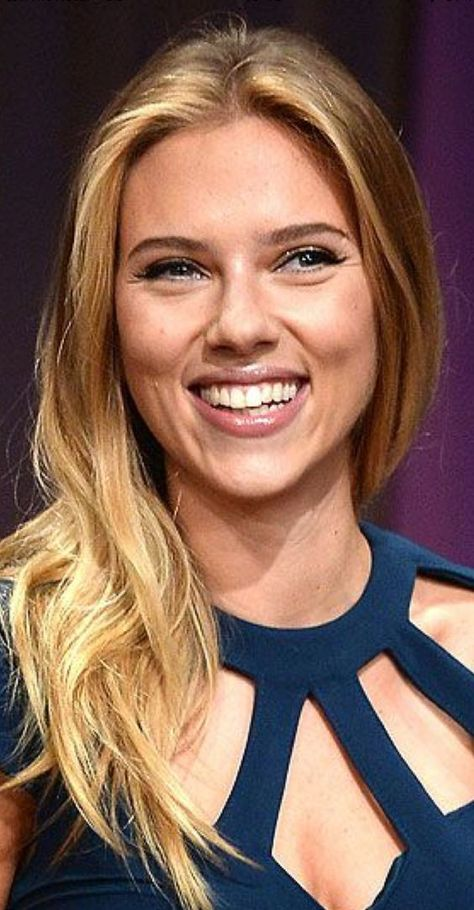 Scarlett Johansson What A Smile Absolutely Stunning
