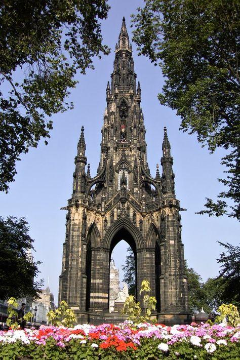 Schottland-Edinburgh-Sir Walter Scott Monument - Monumentois a Victorian Gothic monument a Walter Scott en Edimburgo.