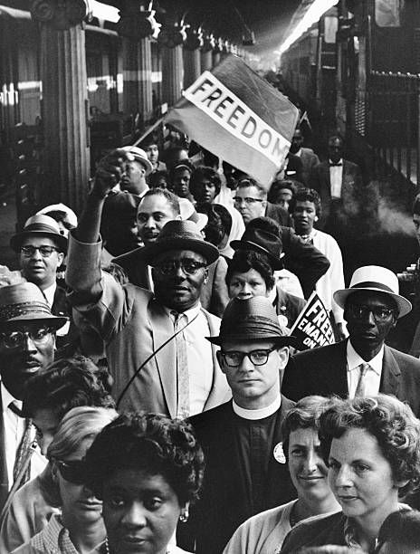 A Crowd Of Marchers Arrives At Union Station For The March On Washington August 1963 Black History Facts African American History History