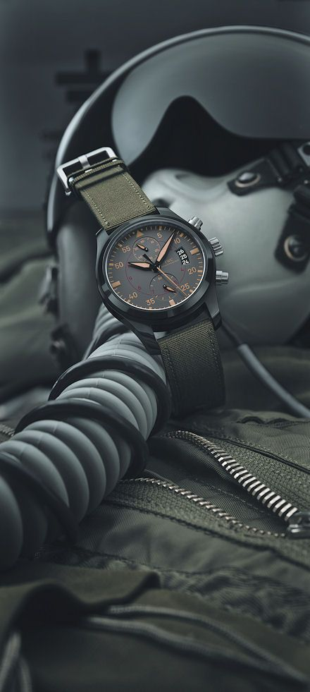 the Top Gun collection establishes itself as an independent formation within the IWC Pilot's Watch family. The year's high-flyer is the Top Gun Miramar: a tribute to the place in California where the myth of the elite pilots was born. Iwc Watches, Cool Watches, Top Mens Watches, Black Watches, Luxury Watches For Men, Most Popular Watches, Iwc Pilot, Top Gun, Fashion Watches