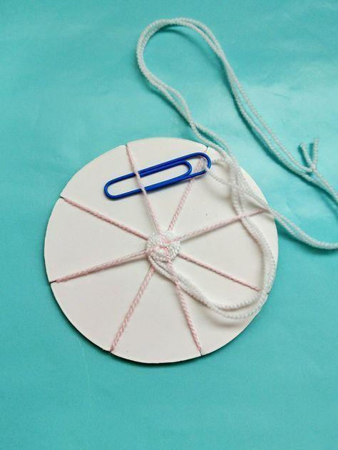 Weben Mit Kindern Einfache Diy Idee Mit Anleitung Kleinliebchen Muttertagsgeschenke Basteln Mit Kindern Einfache Diy Bastelideen