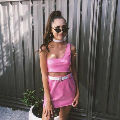 Sweet Pink Set - Festival Outfits And Beauty Inspo For The Free Spirit In All Of Us - Photos