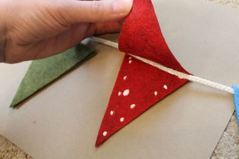 no sew pennant flags... I want to do this with my kids to decorate our classroom! Maybe do the alphabet on them!